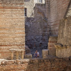 south-of-france-with-kids-arles-7