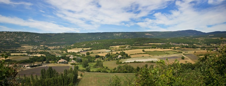 south-of-france-with-kids-sault-2