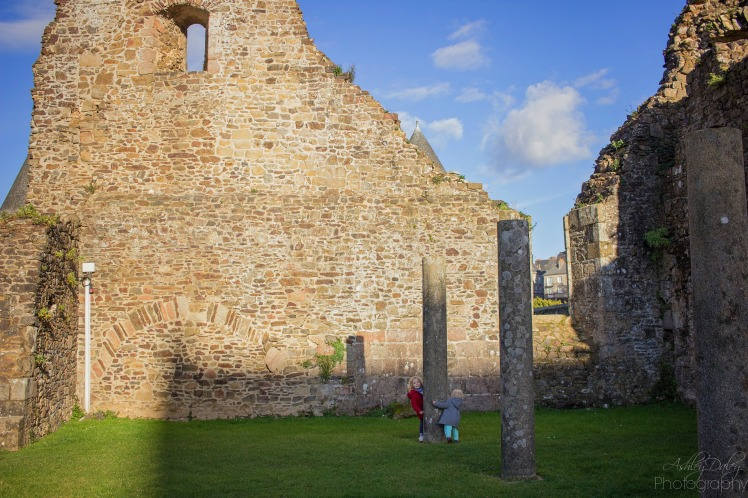brittany-with-kids-chateau-de-fougeres-12